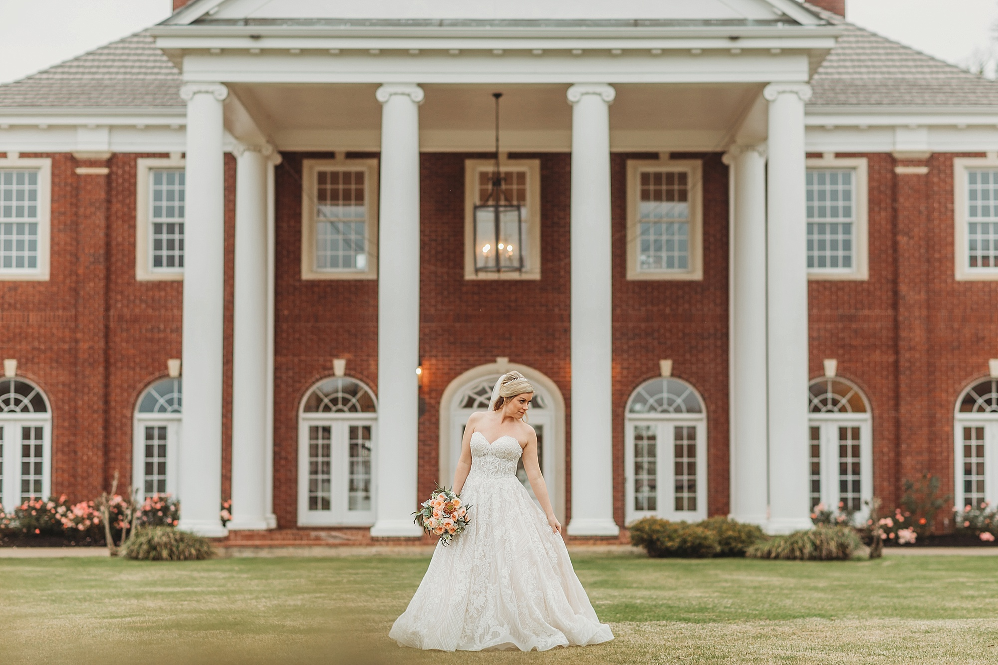 Jennifer's The Mansion at ColoVista Bridal Session